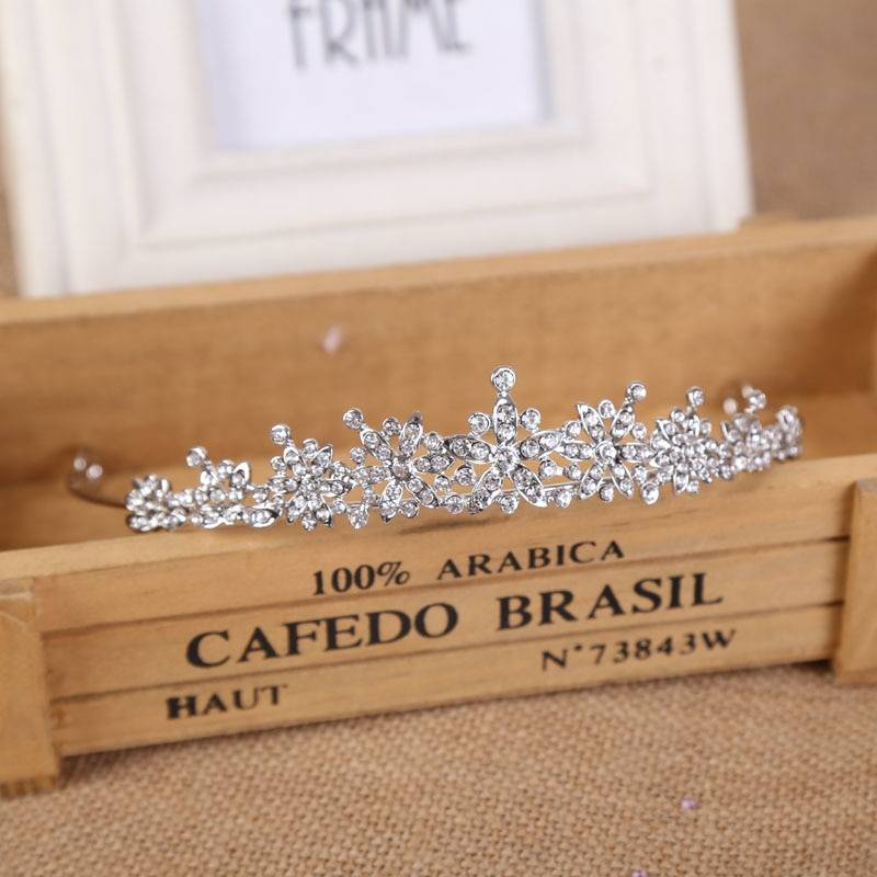 3 Designs Gorgeous Silver Crystal Bridal Tiara Crown Bride Headbands Women Prom Hair Ornaments Wedding Hair Jewelry Accessories Jewelry Wedding & Engagement Jewelry