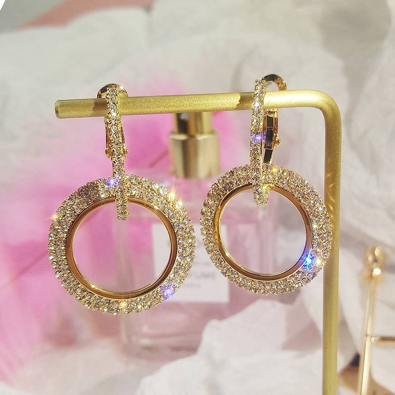 2019 NEW 925 silver needle rhinestone circle crystal from Swarovski long earrings temperament Korean personality wild earrings Earrings
