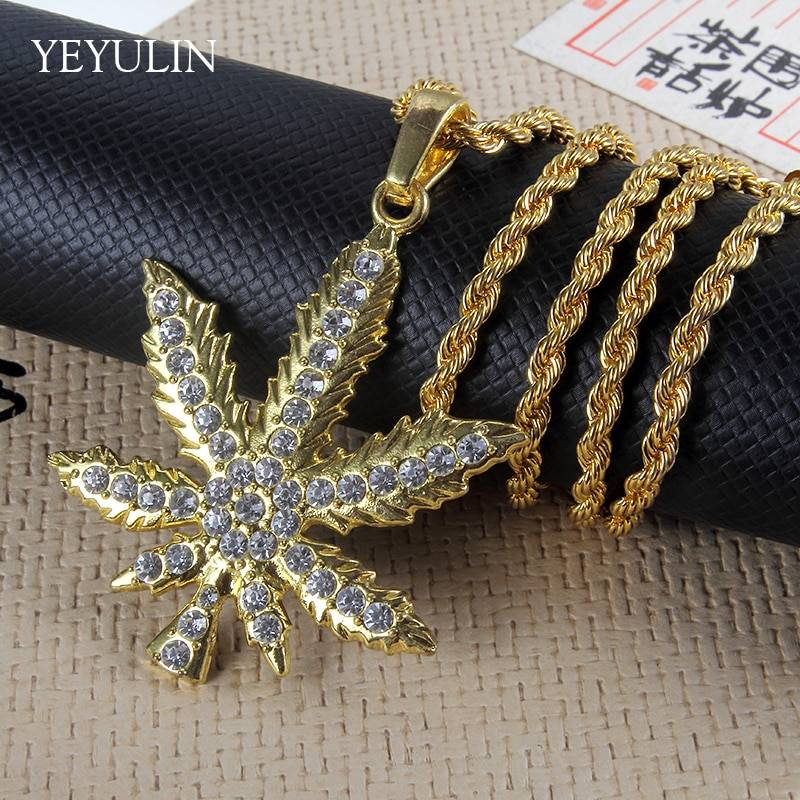 Gold Bling Full Rhinestone Maple Leaf Pendant Necklaces Long Cuban Link Chain Fashion Necklace For Unisex Hip Hop Jewelry Necklaces